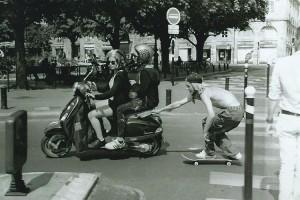 Glen Fox scooter skitching - magenta skateboards