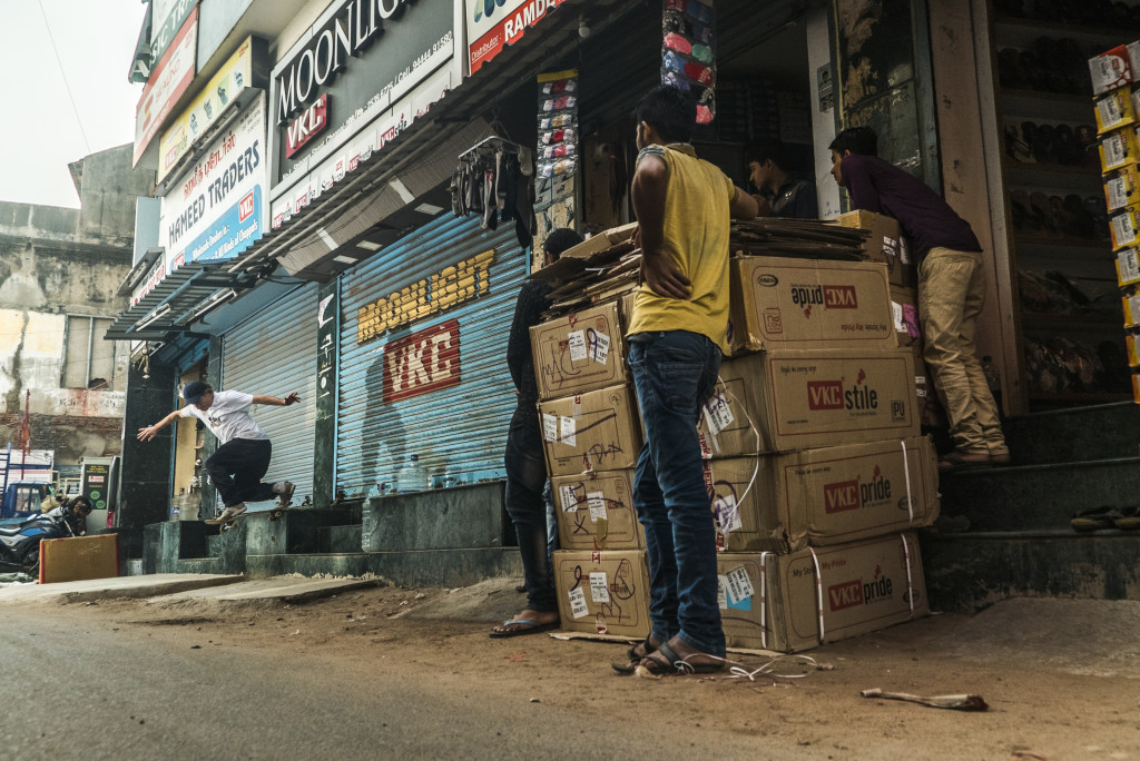 Digital Patrik Wallner 2019 01 Chennai ZChuck Bs Tail